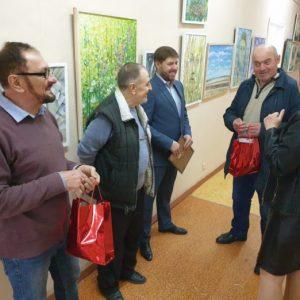 За Великден в Тараклия беше открита изложба с картини на молдовския художник Фьодор Дулогло