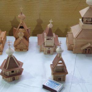 Изложба на дървена архитектура в миниатюра се открива в музея на Тараклия