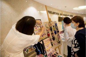Изложба на марцишори (мартеници) бе открита в парламента на Молдова