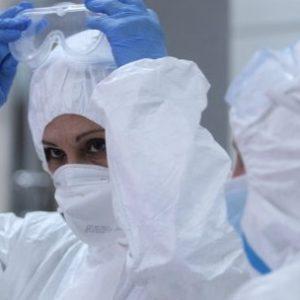 Над 25 хиляди защитни гащеризони бяха дарени от НАТО на болница в Молдова