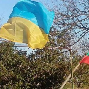 """Ще оцелеем и без България…"""