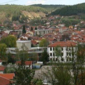51 абитуриенти се дипломираха в Босилеград, повечето кандидатстват в България
