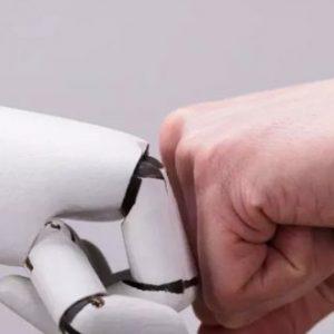 Проучване: До 2025 г. половината работни места ще са заети от роботи